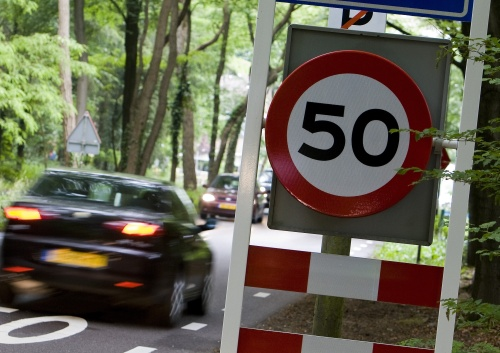 Automobilisten kennen verkeersregels niet