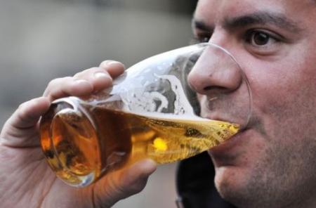 Europeanen drinken het meeste alcohol