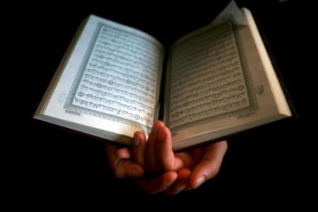 Duitse salafisten delen weer korans uit