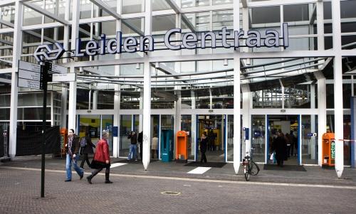 Treinen op elkaar gebotst in Leiden