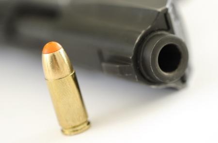 Genoeg kogels om mensheid twee keer te doden