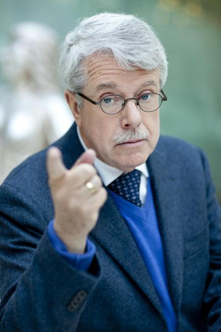 Mr. Frank Visser