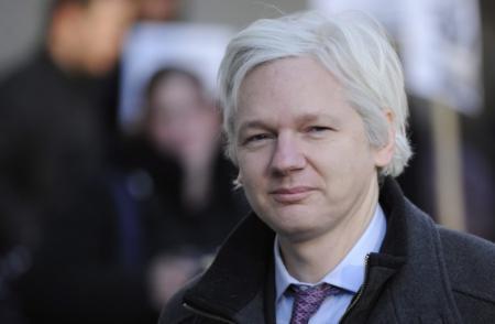 Assange zoekt asiel in ambassade Ecuador