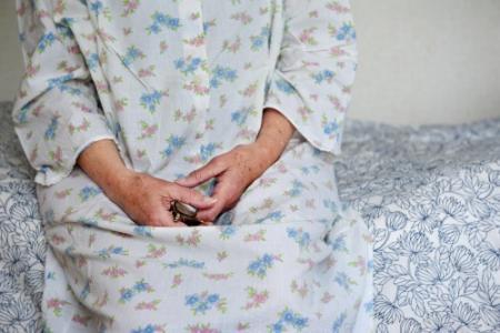 Verpleeghuis verplicht familie tot meewerken