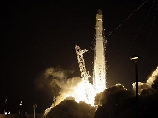 Raket van SpaceX op weg naar ISS (Foto: Novum)