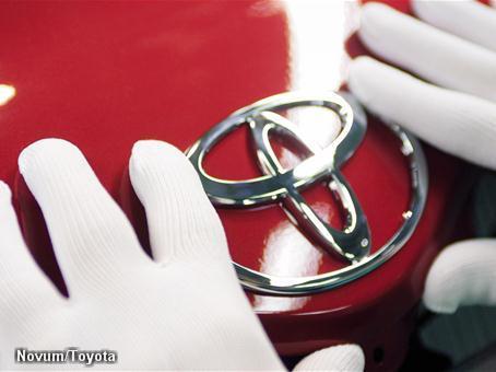 Toyota ziet VW bijna langszij komen (Foto: Novum)