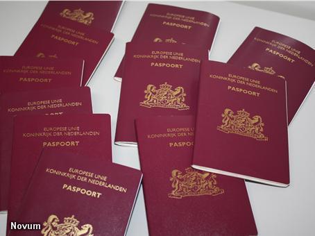 'Vervalste Nederlandse paspoorten bij IS' (Foto: Novum)