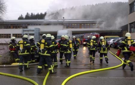 Veel doden door brand sociale werkplaats