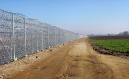 Griekenland bouwt hek langs grens Turkije