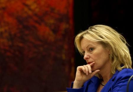 Minister trekt handen af van topvrouwendatabank