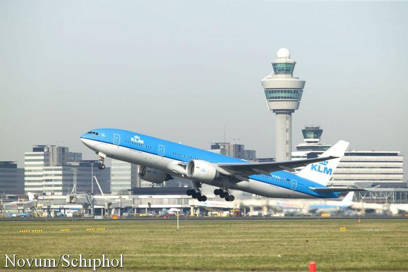 Schiphol: nieuwe controles verlopen soepel (Foto: Novum)