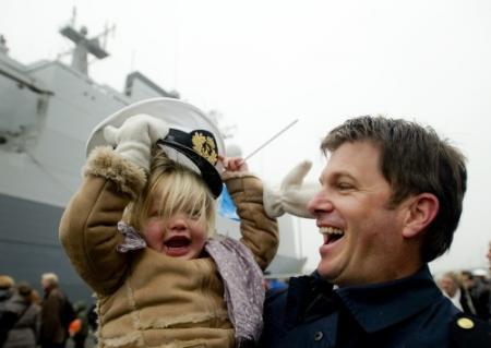 Marineschepen terug van missie tegen piraten