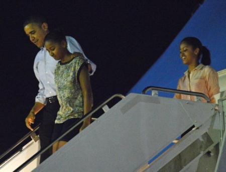 'Obama terug van vakantie om fiscal cliff'