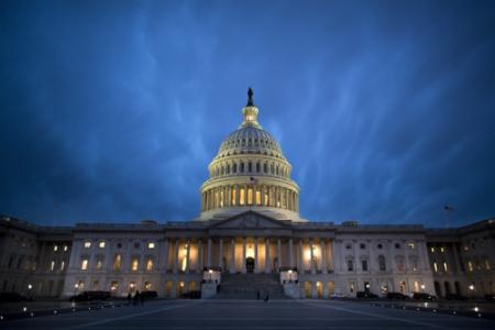 'Senaat mikt op uitstel fiscal cliff'