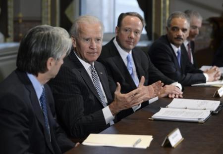 Biden bespreekt wapenverbod met makers games
