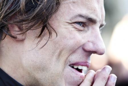 Thomas Dekker: ga alles vertellen