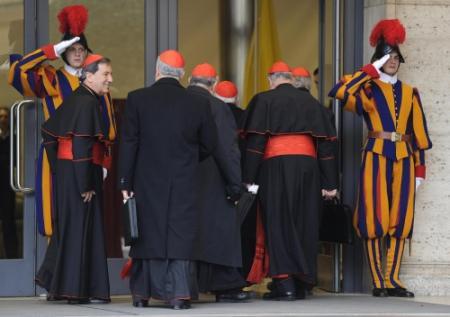 'Donderdag alle stemmende kardinalen in Rome'