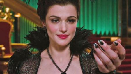 Rachel Weisz als Evanora in Oz: The Great and Powerful