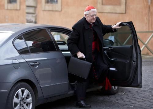 'Aartsbisschop van Milaan favoriet conclaaf'
