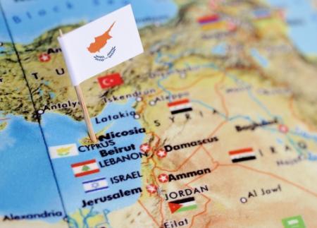 Parlement Cyprus stemt over noodplan