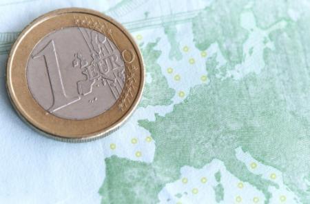 Euro zakt verder door Cyprus