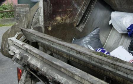 Jongen overlijdt in vuilniswagen Luxemburg