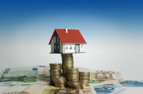 Huizenprijzen stegen vooral door leenruimte