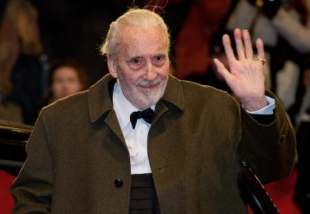 Lord of the Rings-acteur (91) maakt metal-cd