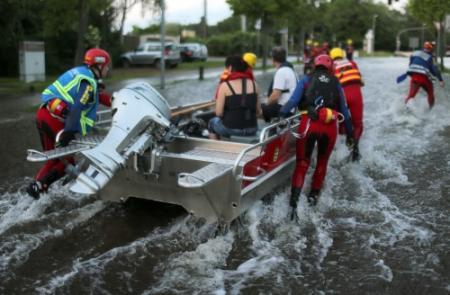 Honderden Duitsers geëvacueerd om hoogwater