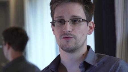Amerikaanse klokkenluider Snowden spoorloos