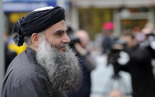 Groot-Brittannië zet moslimgeestelijke uit