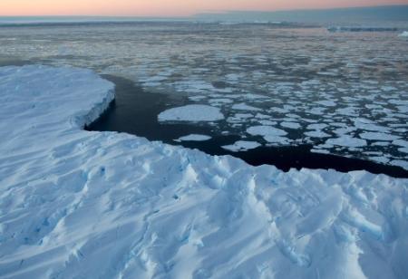 'Zeewater stijgt 2,3 meter per graad Celsius'