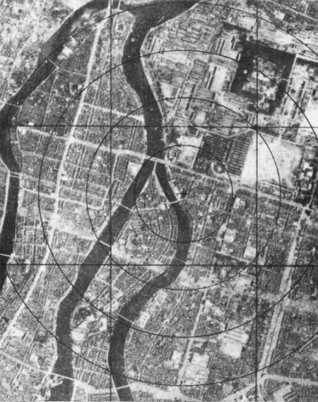 Hiroshima vóór 08:15, 6-8-'45.