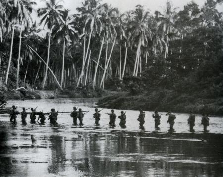 Amerikaanse patrouille op Guadalcanal