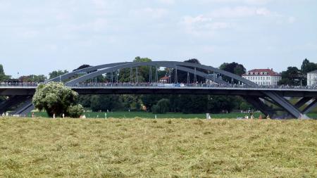 De Waldschlössbrücke: verkeersader of cultuurramp?