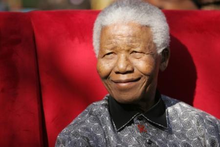 Mandela ontslagen uit het ziekenhuis