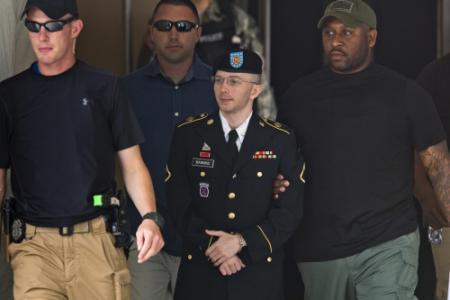 Informant Manning dient gratieverzoek in