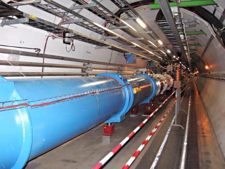 De LHC-tunnel; copyright Wiki-user Julian Herzog