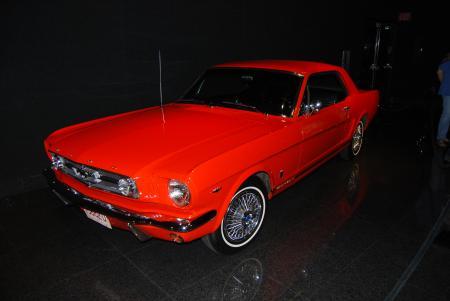 Ford Mustang; copyright Wiki-user Bill Abbott