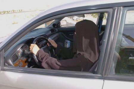 'Vrouw op de weg riskeert haar eierstokken'