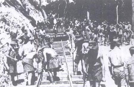 Krijgsgevangenen aan het werk in Birma