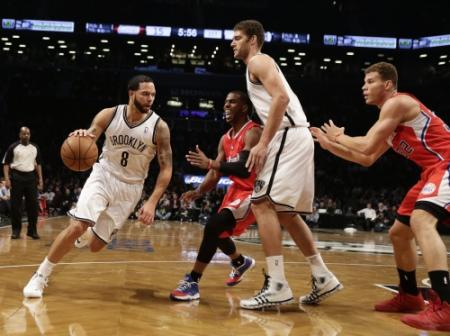 Thuiszege Brooklyn op Clippers