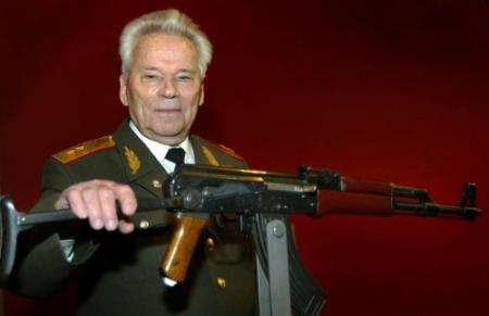Wapenontwerper Kalasjnikov (94) overleden