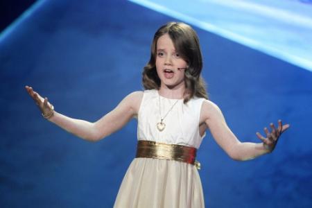 Amira (9) wint Holland's Got Talent 2013