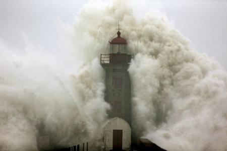 Familie meegesleurd door Spaanse vloedgolf