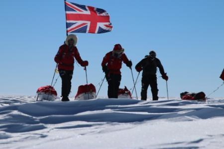 Britse tiener skiet naar Zuidpool