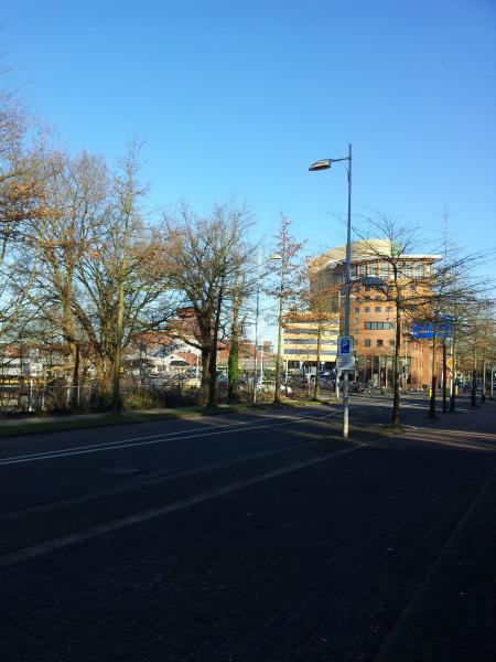 Uitzicht vanaf Barchman Wuytierslaan 40-42 richting station