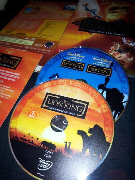 The Lion King-dvd. Eigen foto (en dvd).