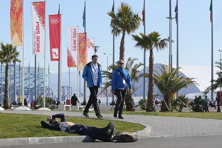 Het is aangenaam vertoeven in het olympisch park. Aan de kust van de Zwarte Zee loopt de temperatuur inmiddels richting de twintig graden (PRO SHOTS/Henk Jan Dijks)