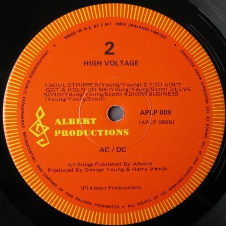 De Nieuw-Zeelandse persing van High Voltage (1981)